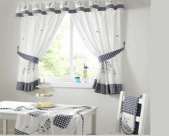 Основы красивого интерьера: короткие шторы для кухни