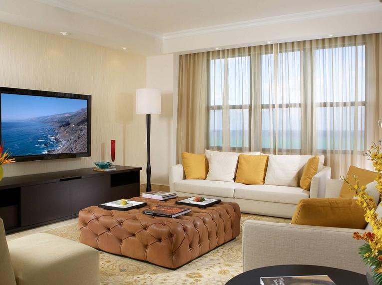 Тюль для гостиной: 100 современных идей оформления
