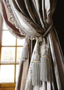 Бархатные шторы